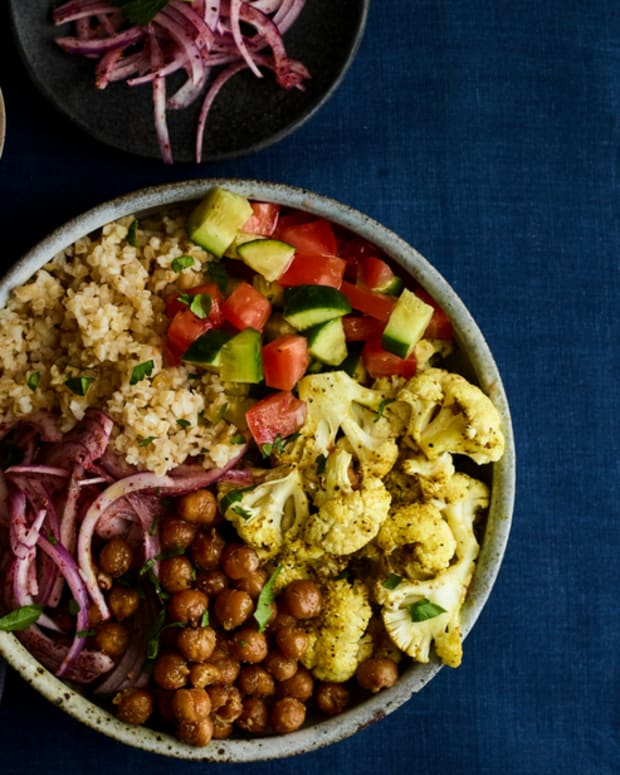 shawarma cauliflower bowl