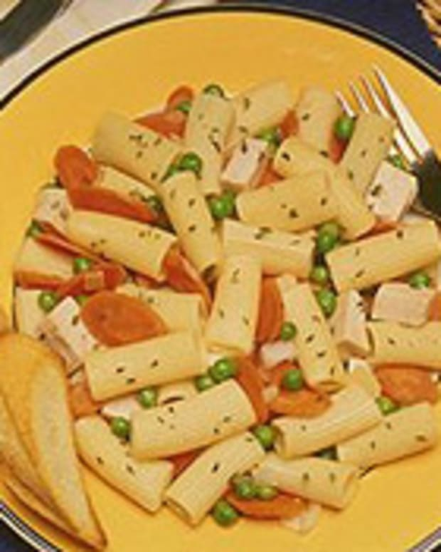 Rigatoni-Turkey Salad