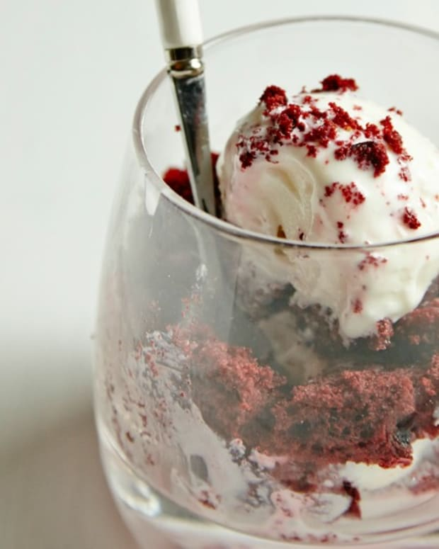 Red Velvet and Whipped Cream Cheese Parfait85