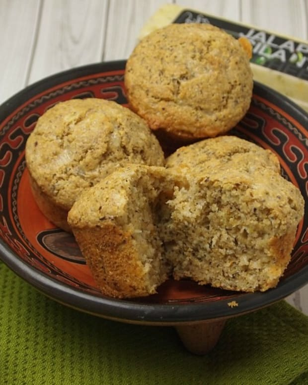 Jalapeno Cilantro Cheesey Corn Muffins