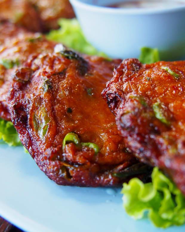 gefilte fish in tomato sauce