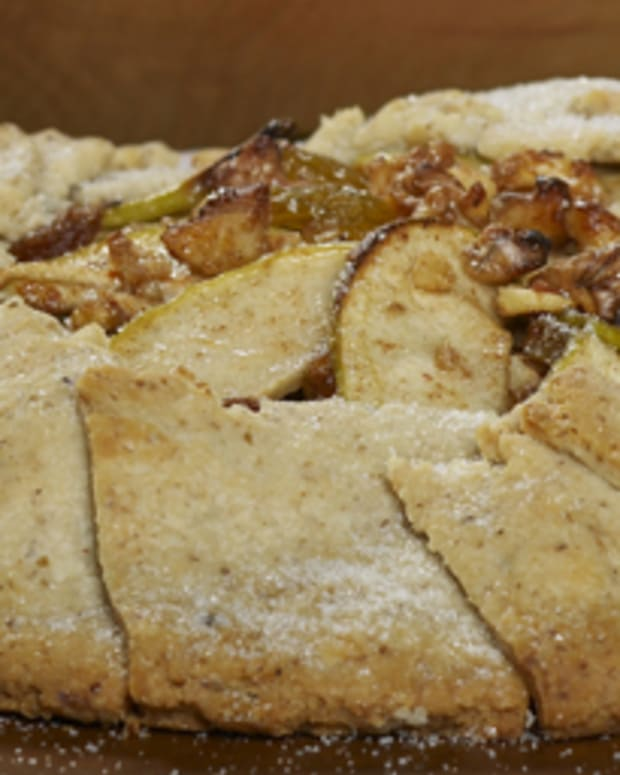 Apple Walnut Crostata