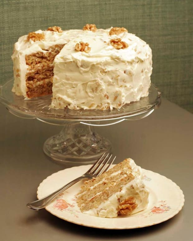 Walnut Hummingbird Cake