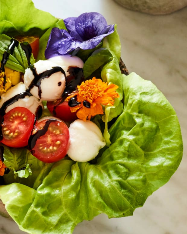 flower pot salad close up