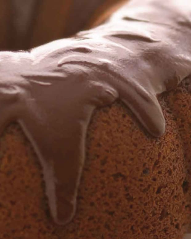 one-bowl-amazing-chocolate-cake-230