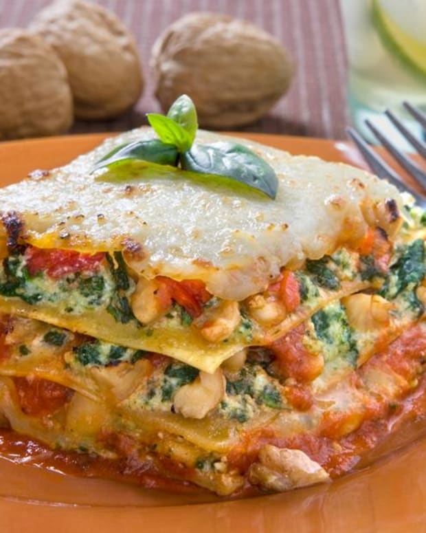 Spinach Lasagna with Walnut Pesto
