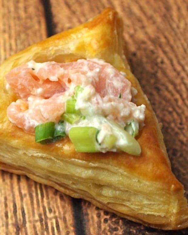 smoked-salmon-horseradish-hamantashen