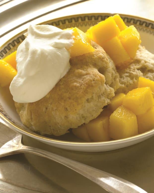 mango cardamom shortcakes