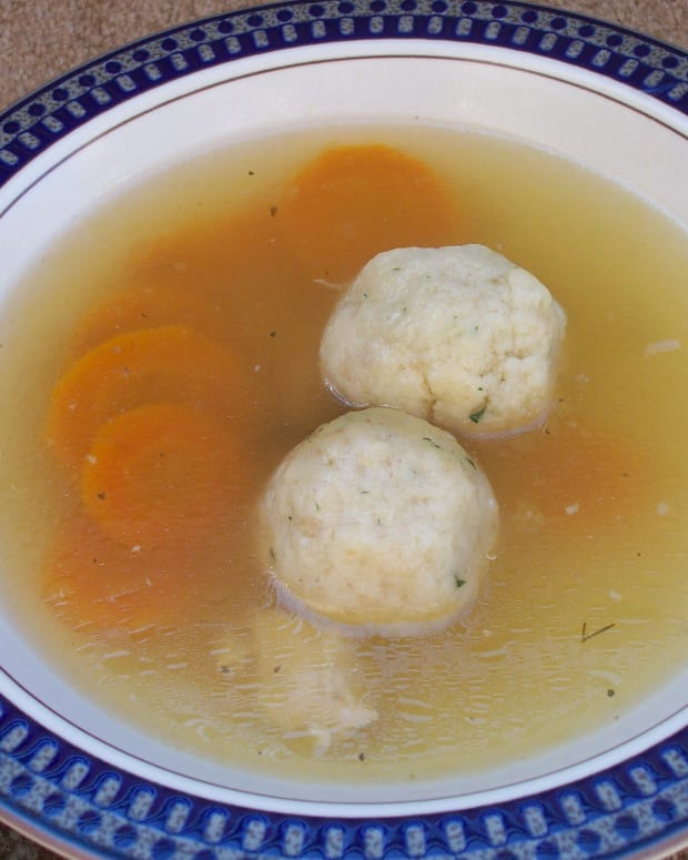 Herbed Matzo Ball Soup