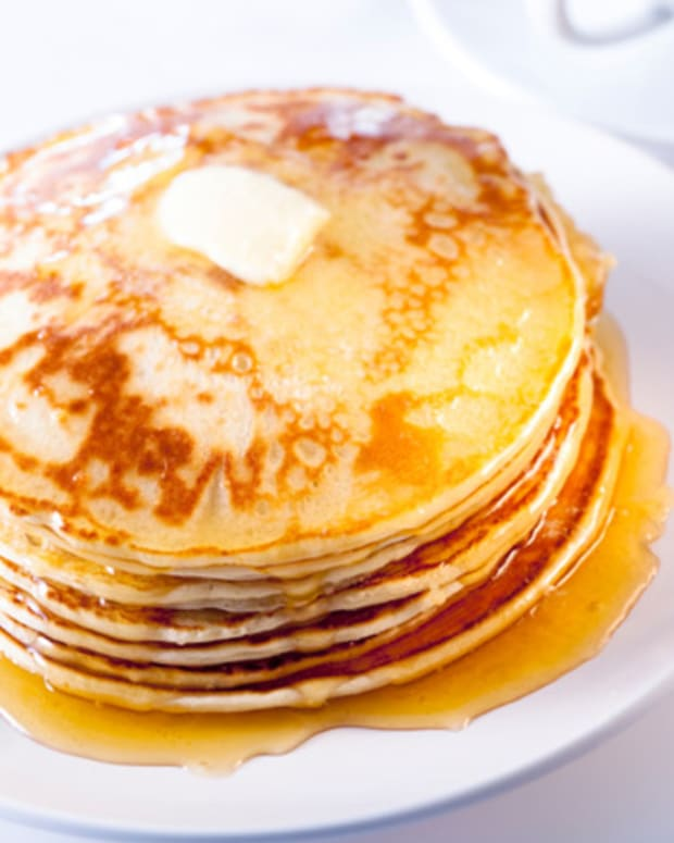 buttermilk-pancakes
