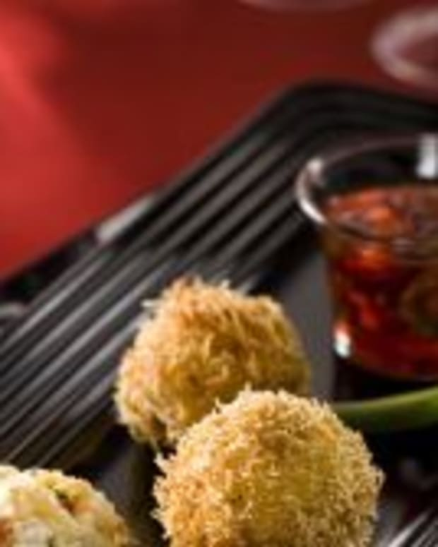 Porcupine Idaho® Potatoes with Hot Pepper Jelly Dipping Sauce
