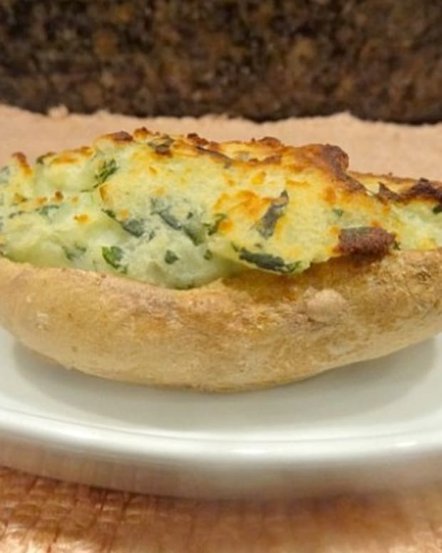 creamy spinach stuffed potato