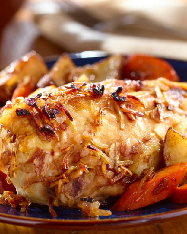 Onion Roasted Chicken & Vegetables
