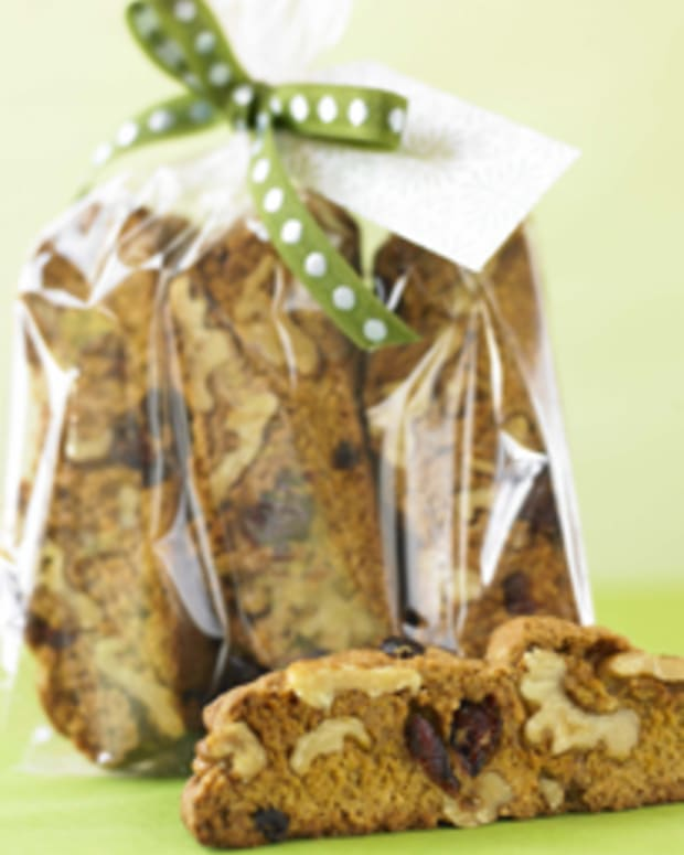 Walnut and Anise Biscotti