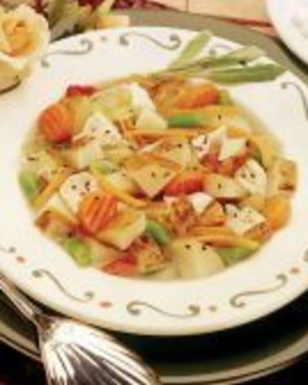 Hearty and Heart-Healthy Idaho® Potato Soup/Stew