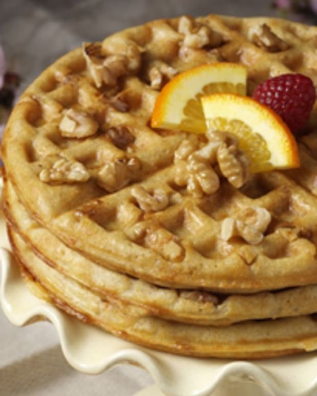 Marion Cunninham's Raised Walnut Waffles