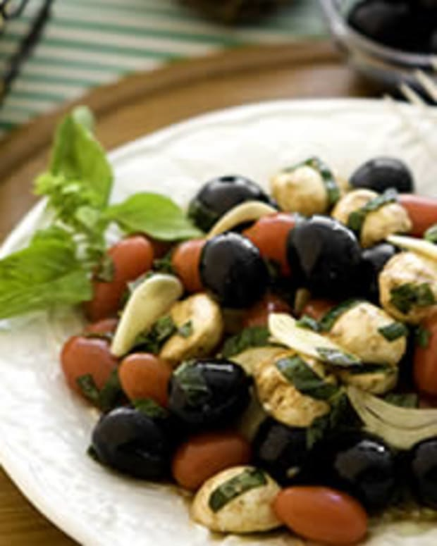 Herbed Mozzarella Olives