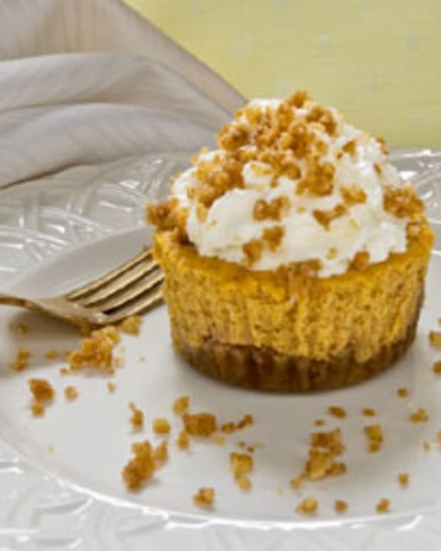Walnut Crusted Mini Pumpkin Cheesecakes