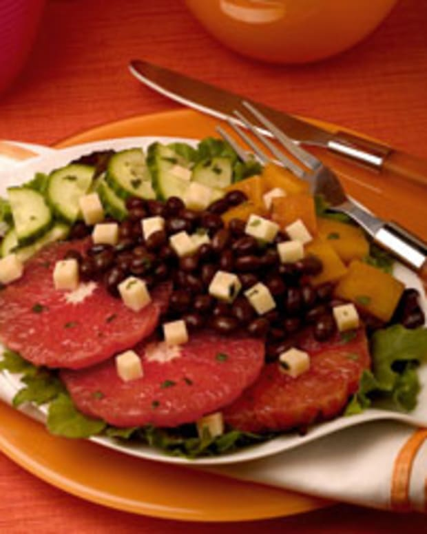 Grapefruit and Black Bean Salad