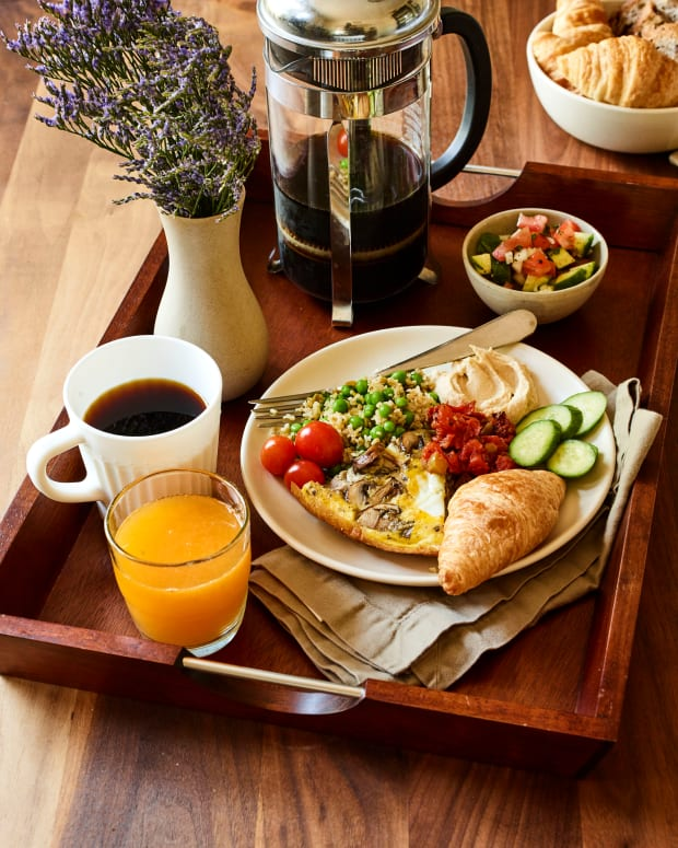 frittata, freekah breakfast tray
