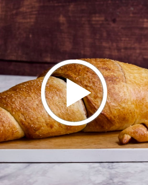giant rugelach featured