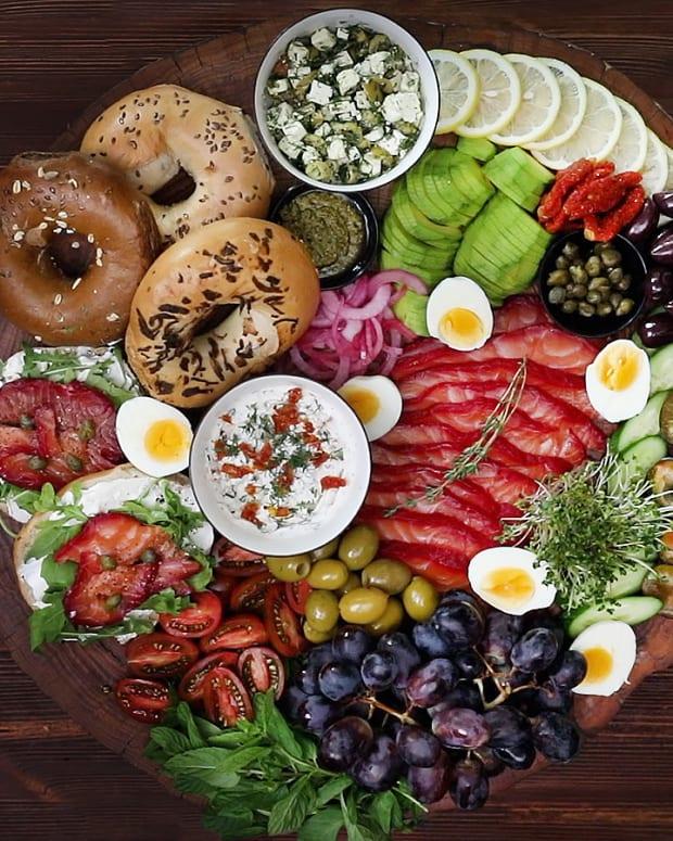 Salmon ready plate
