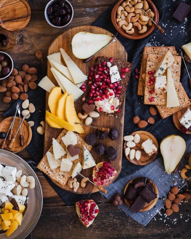 Tu Bishvat Dried Fruit and Cheese Platter