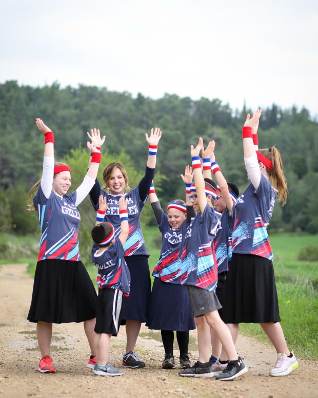 Marathon Costumes_0871