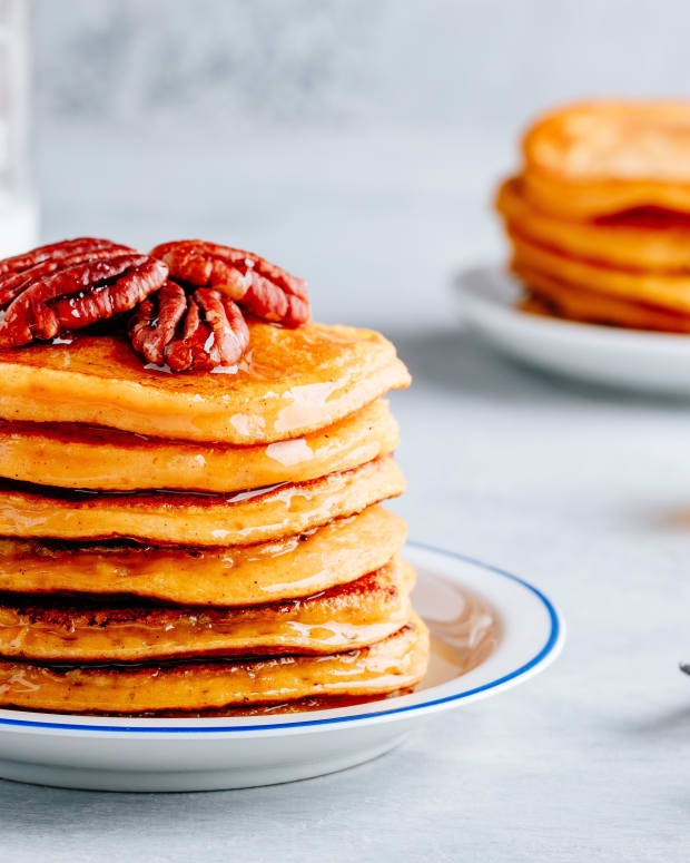 Sour Cream Buttermilk Pecan Pancakes