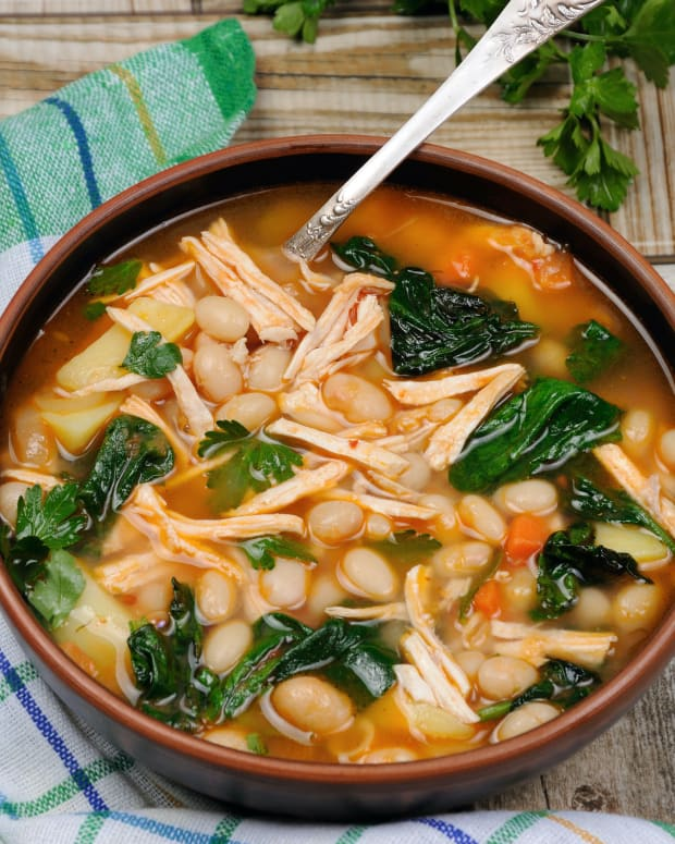 white bean spinach stew