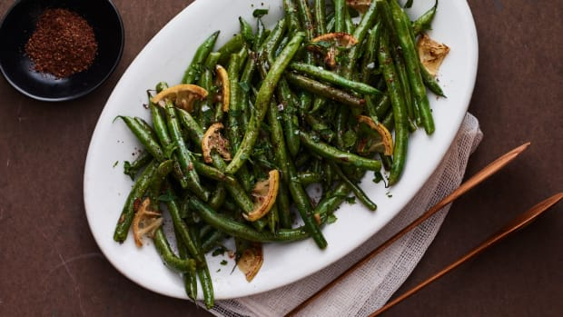 sumac green beans.jpg