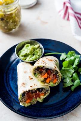 Eden-Foods-Black-Bean-Veggie-Burrito-with-Green-Chile-Guacamole-086.jpg