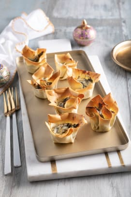 Spinach cheese wonton cups 2