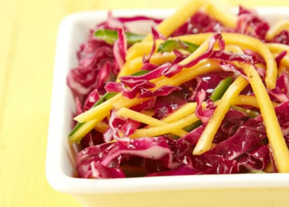 red cabbage mango slaw