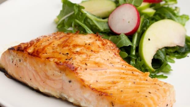 honey-caramelized-salmon-for-rosh-hashanah