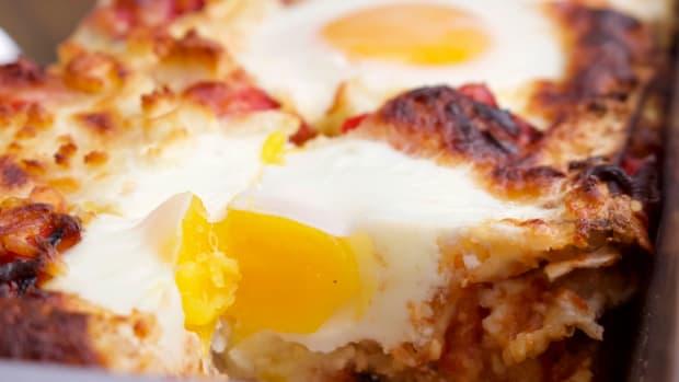 shakshuka matzo lasagna
