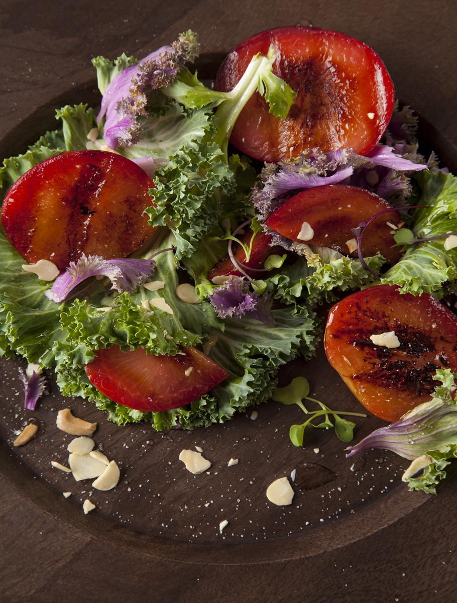 Grilled Plum Salad 30.jpg