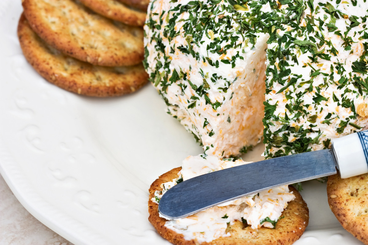 smoked white fish cheese ball