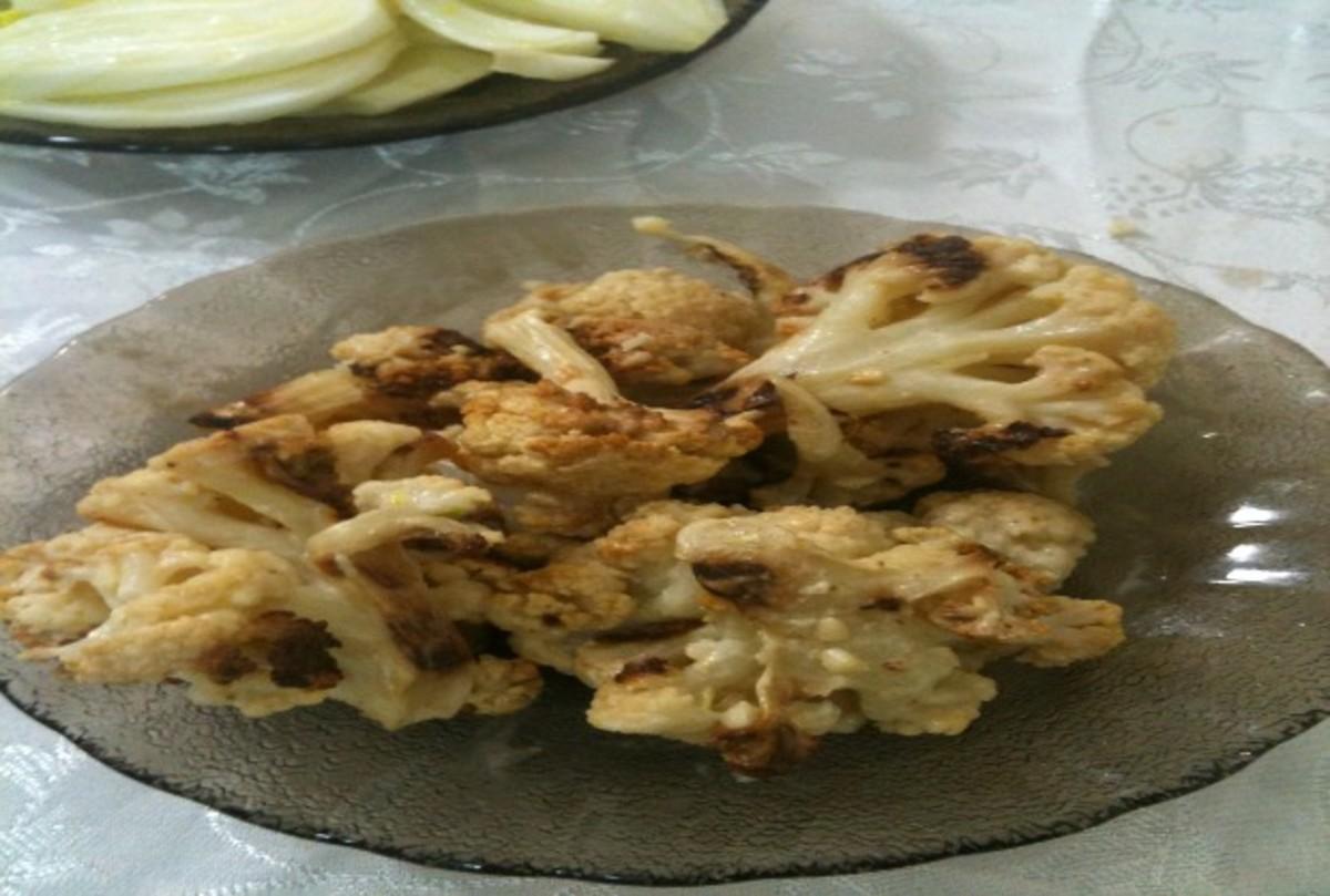roasted cauliflower in tehini sauce