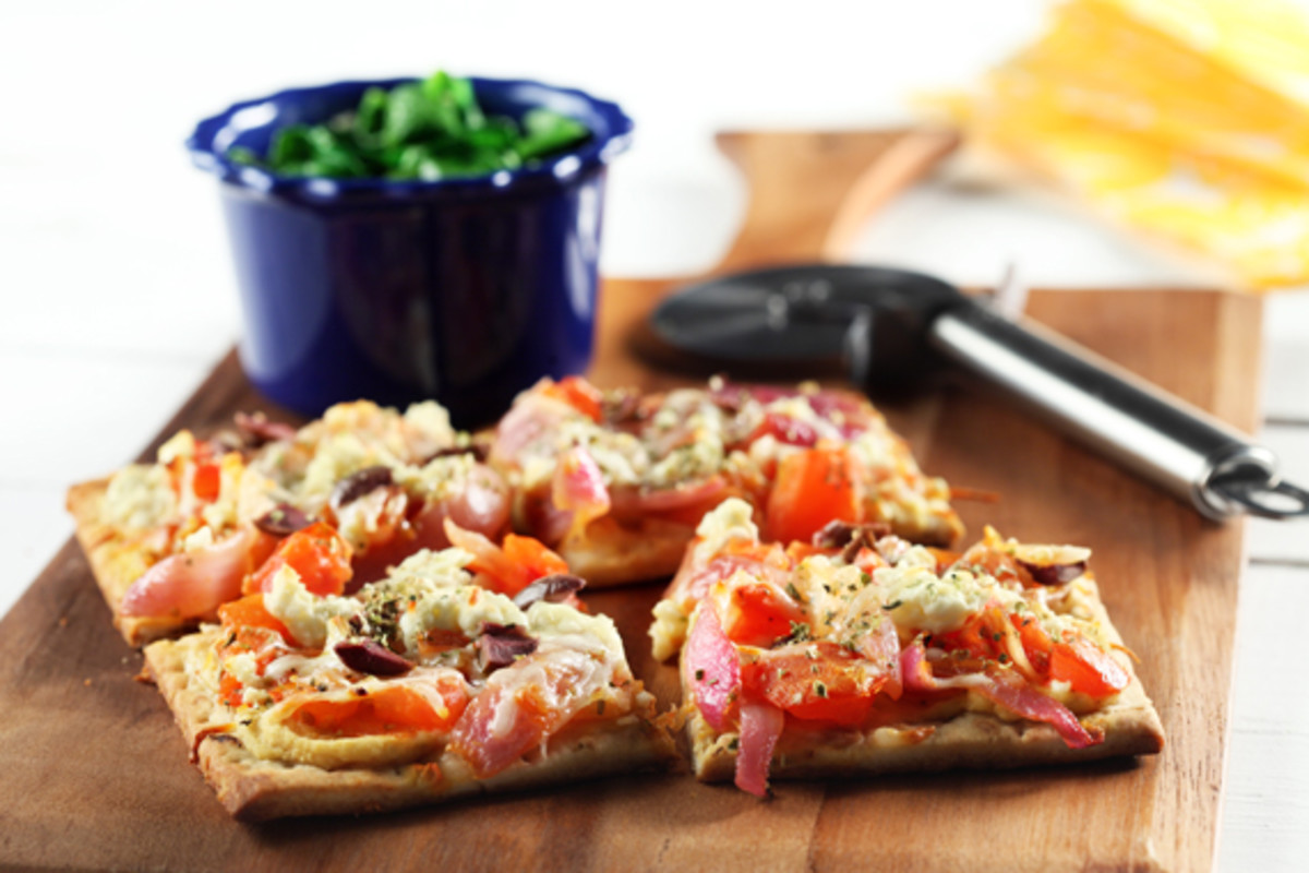 Vegetarian_Greek_Pizza_Flatbread___Spinach_Saute_