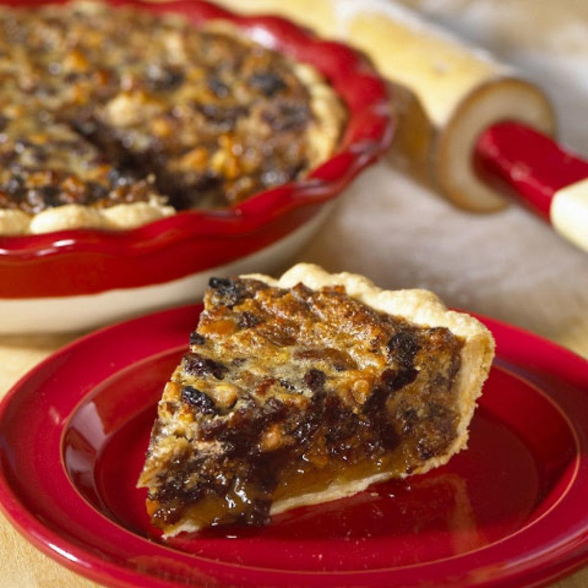 California Raisin and Maple Crunch Pie