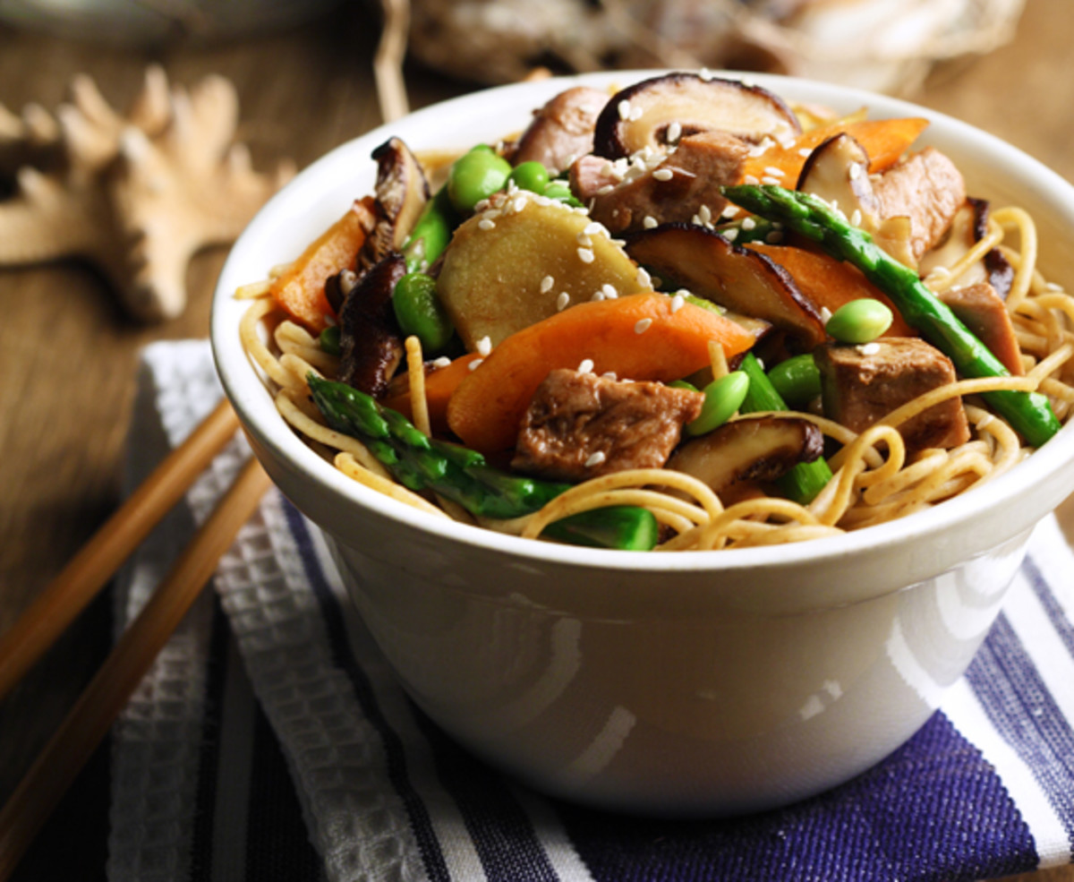 Tuna Stir-Fry Over Whole Wheat Vermicelli