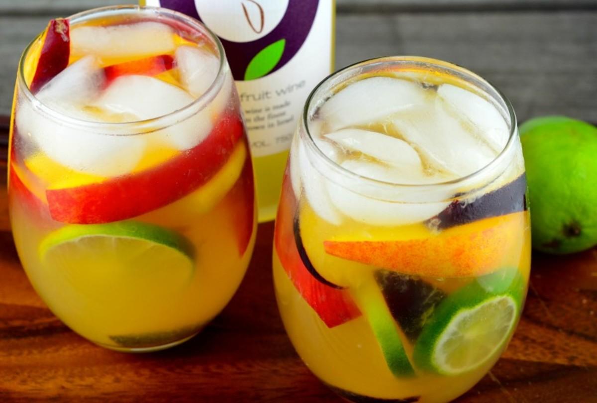 passion-fruit-wine-sangria