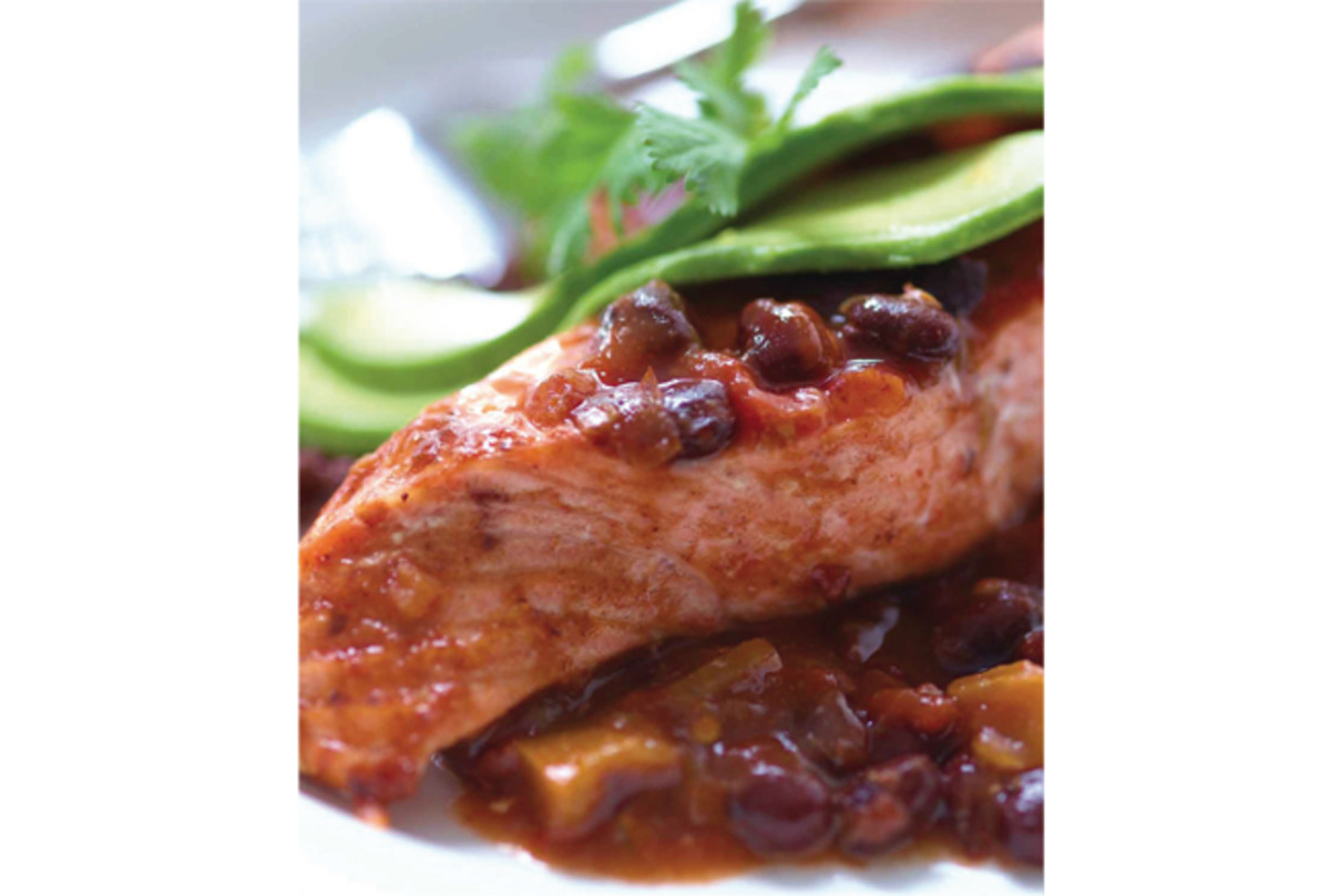 black-bean-and-salsa-salmon-100