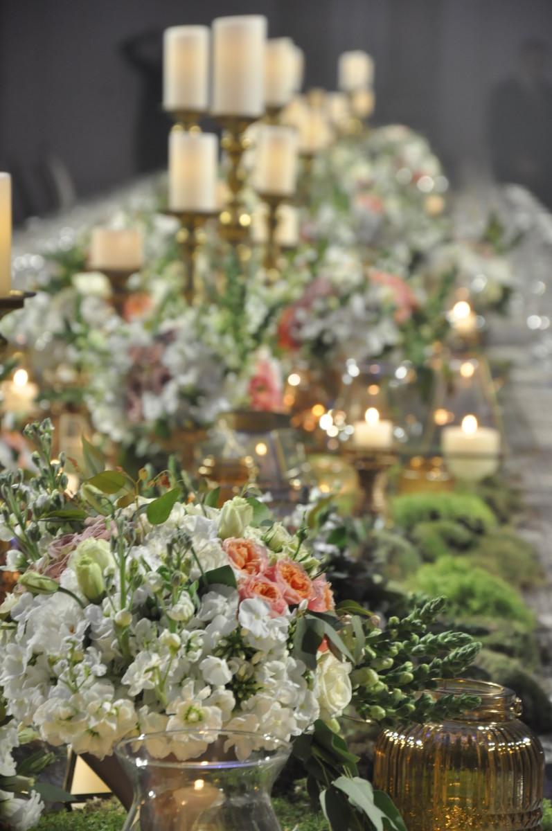 Flowers by Yarok Yarok, Lighting and AV by Moshe Kimchi