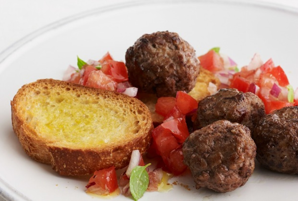 MEATBALL_BRUSCHETTA