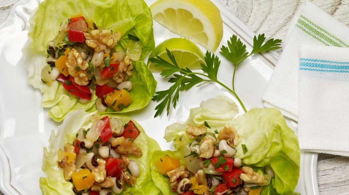 BLACK EYED PEAS LETTUCE WRAPS