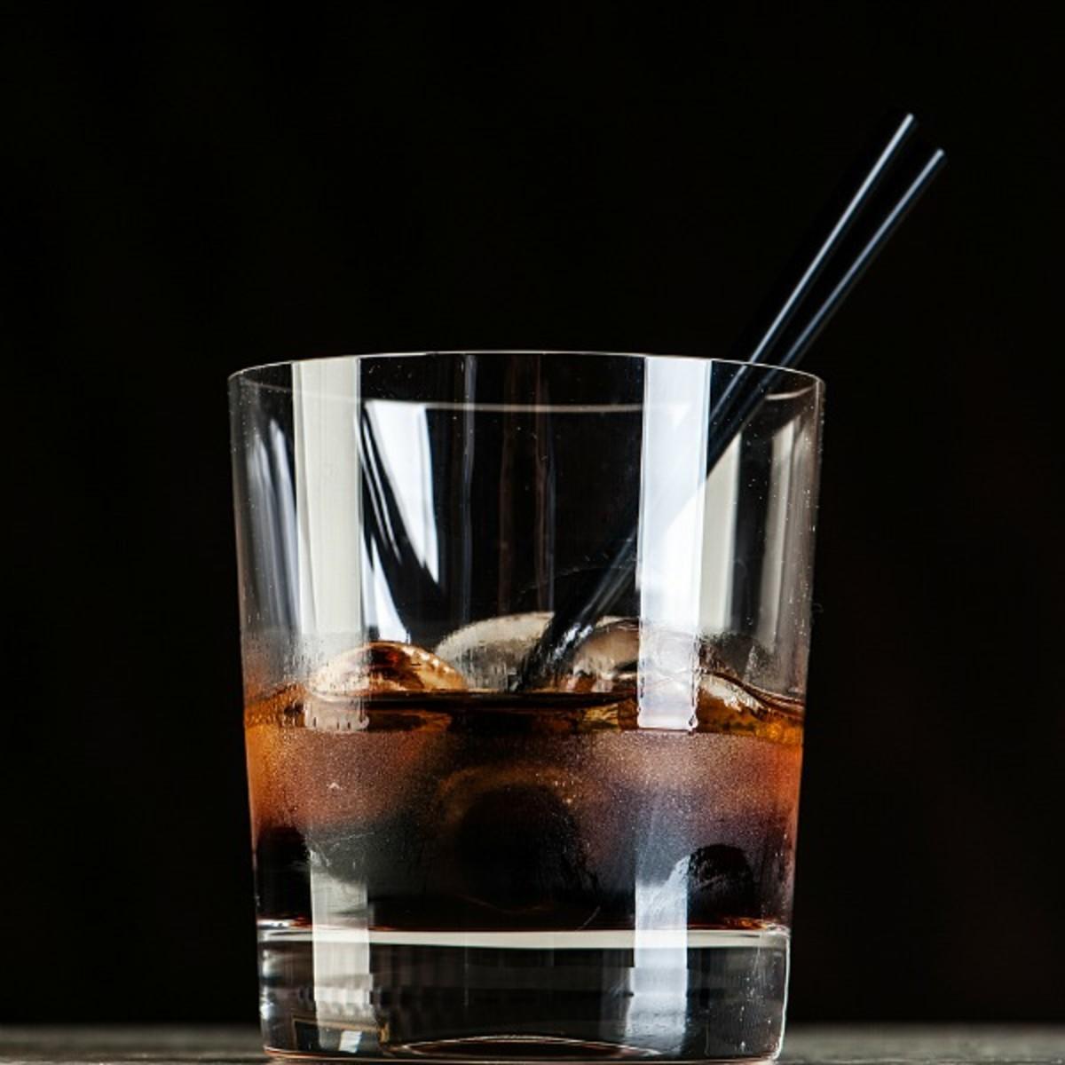 caribbean kiss cocktail with morad
