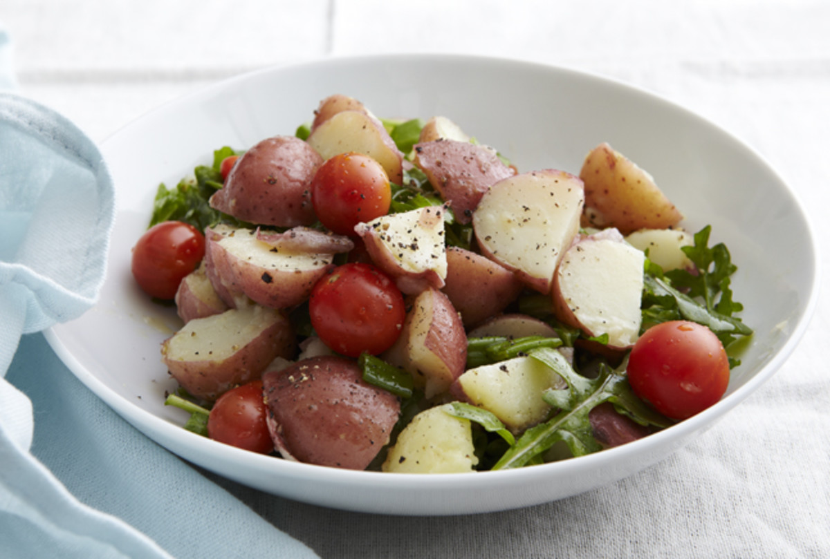 Potato Salad with Arugula and Tomato