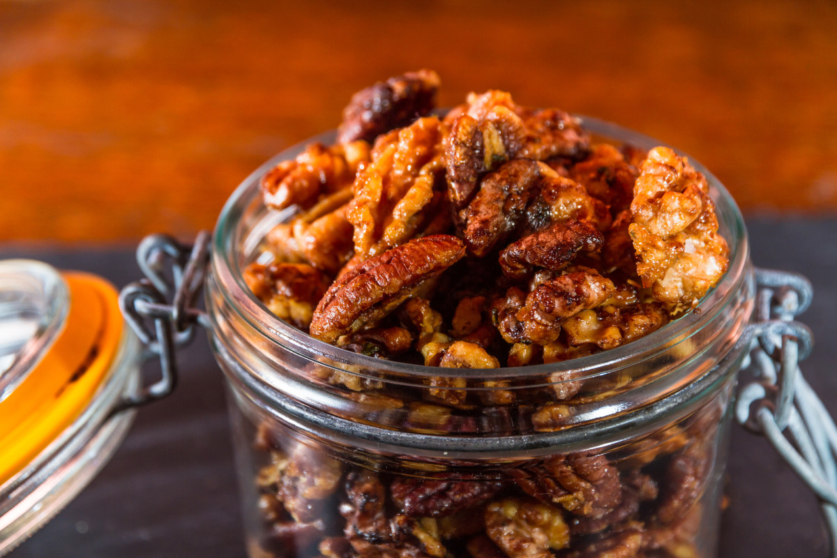 Ginger Spicy Nuts
